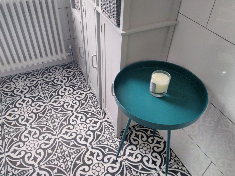 Floor tiles and table
