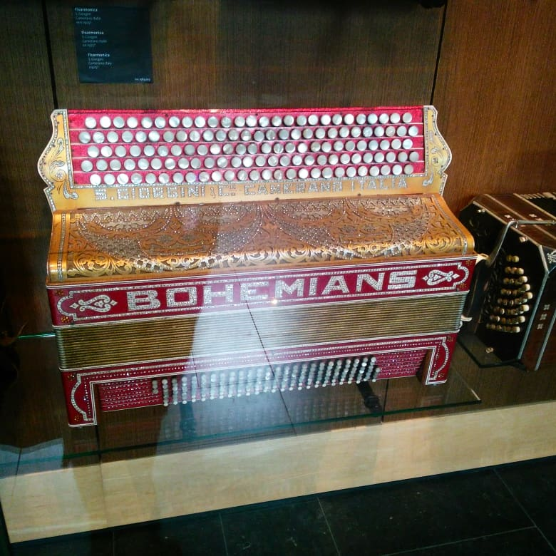 Jewel-encrusted harmonium